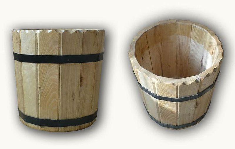 adelaparvu.com despre mesterul Szoke Tibor, cazi de baie lemn, butoaie, ciubere, putini, Foto Butaoie Harale (5)