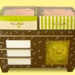 adelaparvu.com despre reciclare creativa, radio vechi transformat in comoda, artist Andra Badea (6)