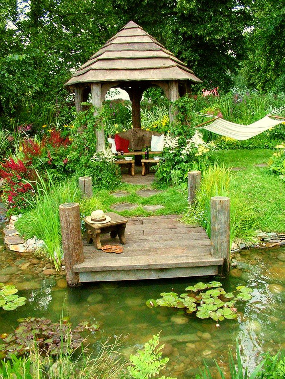 adelaparvu.com despre terase acoperite si chioscuri in gradina Foto Mooseys Country Garden