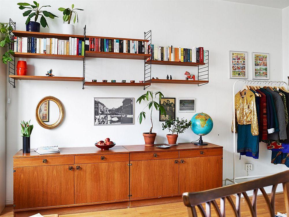 adelaparvu.com, garsoniera cu aer vintage, loc de canapea si pat in aceesi camera, Foto Stadshem (3)
