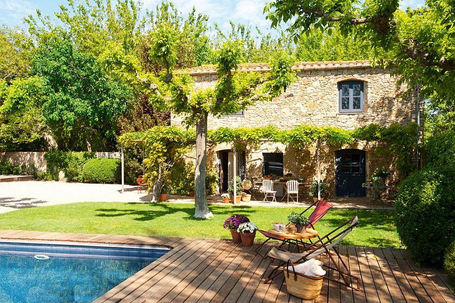 adelaparvu.com hambar transformat intr-o casa rustica, gradina cu terasa si piscina, arhitect Lluis Auquer, Foto ElMueble (2)