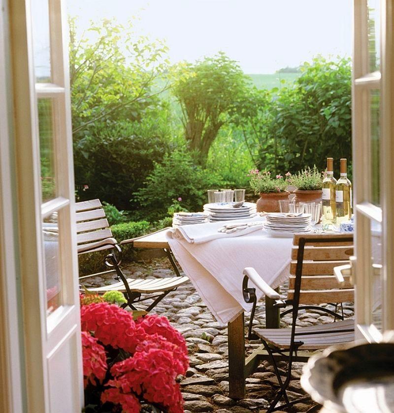adelaparvu.com casa rustica cu acoperis din stuf, casa Germania, designer Monique Waque, Foto Andreas von Einsiedel (8)