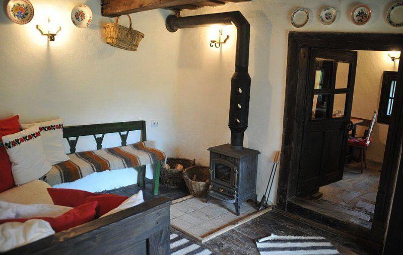 adelaparvu.com despre Casa Mica Breb, Village Hotel Breb, Romania, foto Duncan Ridgley (2)