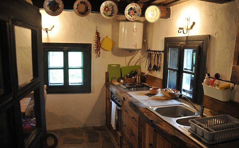 adelaparvu.com despre Casa Mica Breb, Village Hotel Breb, Romania, foto Duncan Ridgley (3)