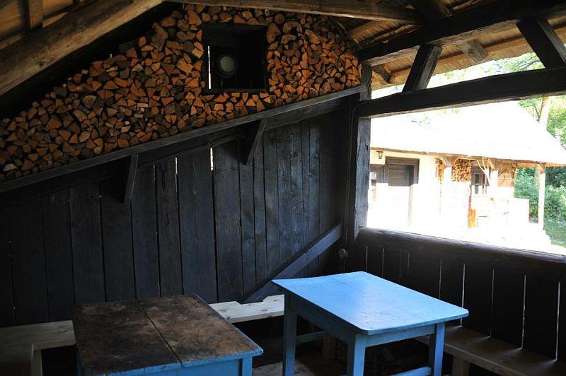 adelaparvu.com despre Casa Veche Breb, Village Hotel Breb, Romania, foto Duncan Ridgley (10)