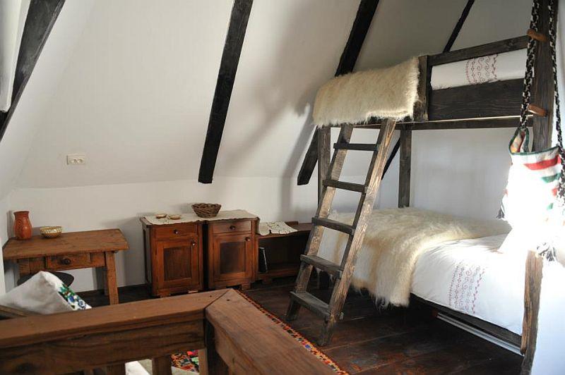 adelaparvu.com despre Casa Veche Breb, Village Hotel Breb, Romania, foto Duncan Ridgley (11)