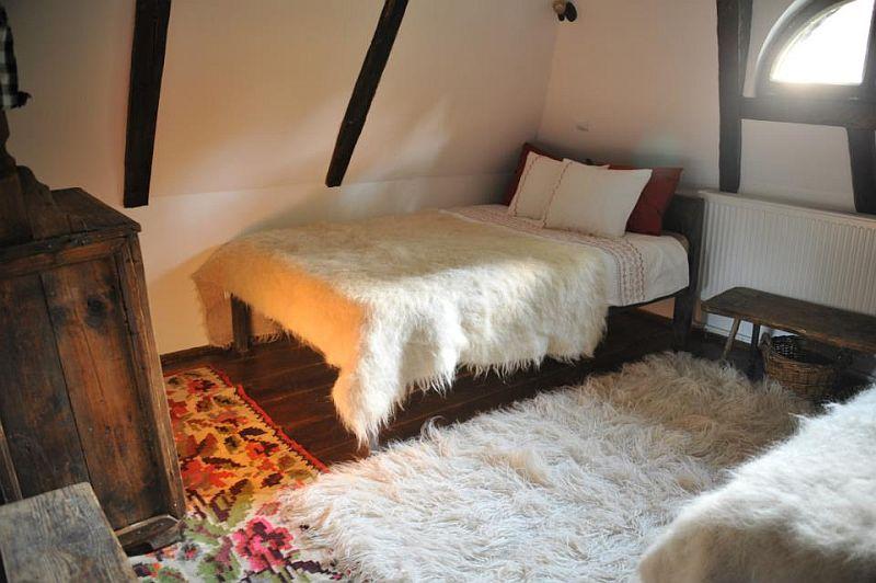 adelaparvu.com despre Casa Veche Breb, Village Hotel Breb, Romania, foto Duncan Ridgley (13)