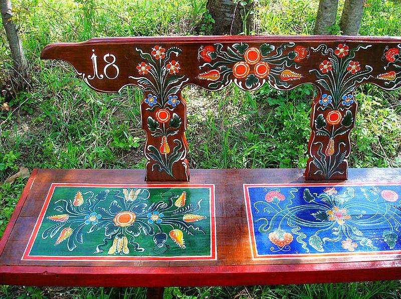 adelaparvu.com despre Corina Petculesc, Dragos Petculescu, mobila traditionala pictata, icoane ortodoxe pictate pe sticla si lemn (19)