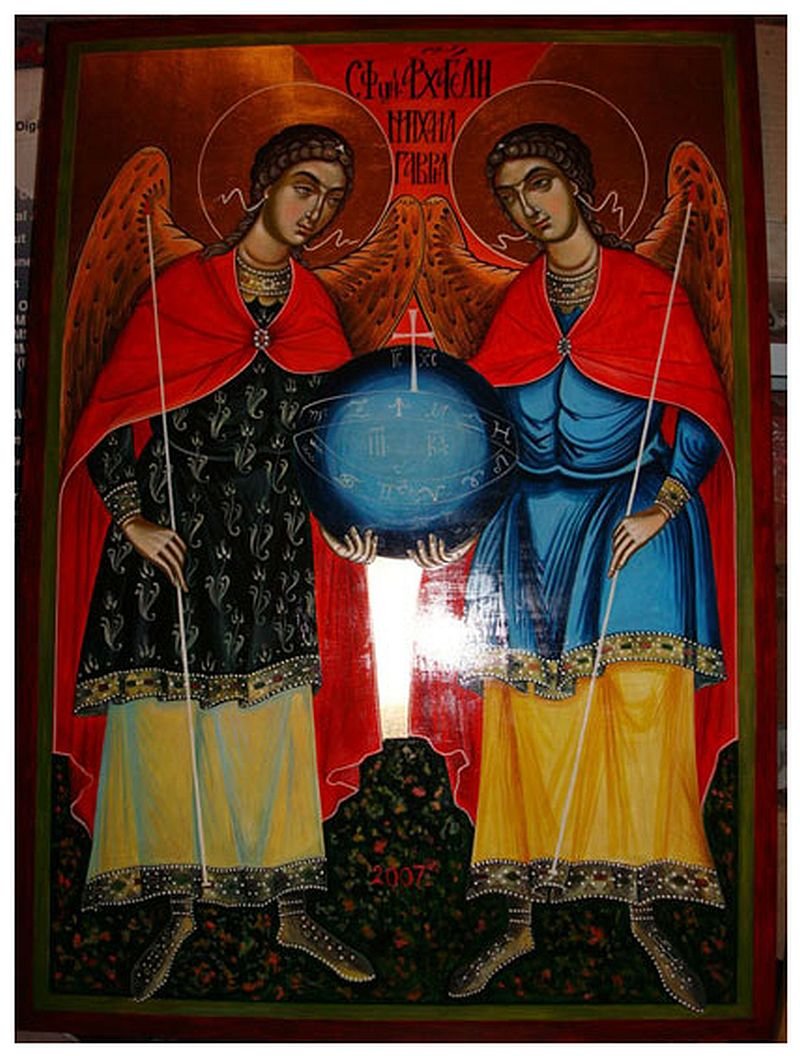 adelaparvu.com despre Corina Petculesc, Dragos Petculescu, mobila traditionala pictata, icoane ortodoxe pictate pe sticla si lemn (33)