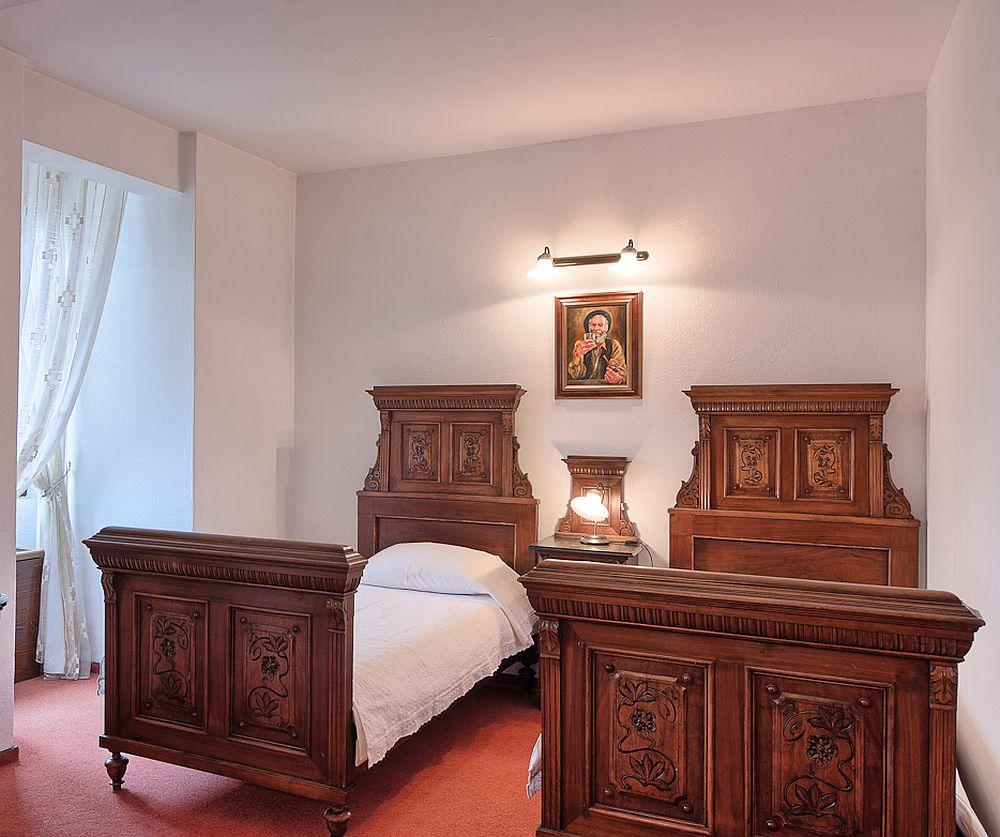 adelaparvu.com despre Hotel Traube Medias, Romania, Foto Andrei Zdetovetchi (10)