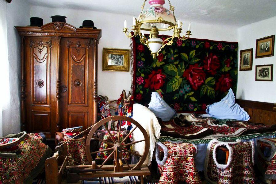 adelaparvu.com despre Muzeul Popa, Tarpesti, judetul Neamt, Romania, text Molnia Efremov (17)