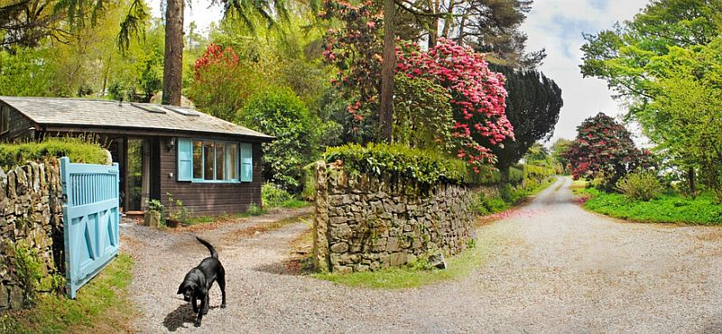adelaparvu.com despre The Secret Holt, casa rustica, casa Marea Britanie, casa cu gradina in stil british, Foto Unique Stays Home (11)