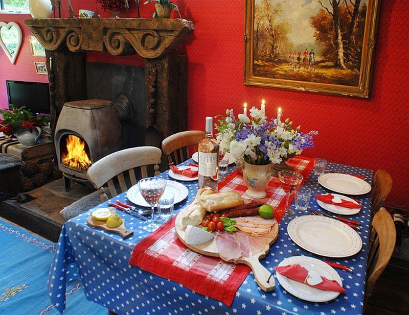 adelaparvu.com despre The Secret Holt, casa rustica, casa Marea Britanie, casa cu gradina in stil british, Foto Unique Stays Home (25)