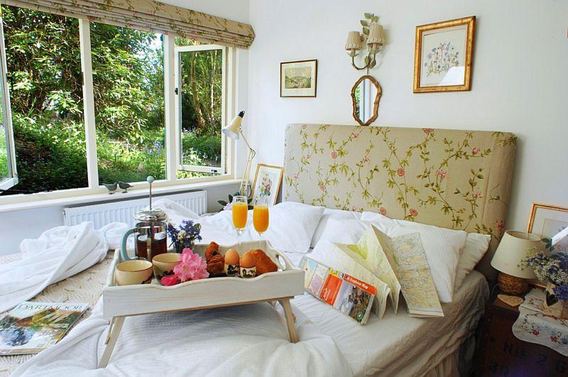 adelaparvu.com despre The Secret Holt, casa rustica, casa Marea Britanie, casa cu gradina in stil british, Foto Unique Stays Home (9)