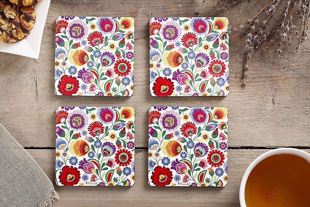adelaparvu.com despre accesorii de masa colorate, servetele de hartie si suporturi de masa cu motive traditionale poloneze Łowicz (11)