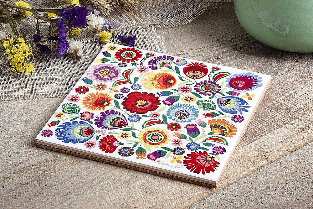 adelaparvu.com despre accesorii de masa colorate, servetele de hartie si suporturi de masa cu motive traditionale poloneze Łowicz (14)