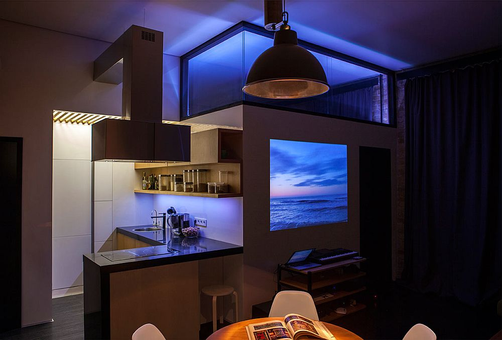 adelaparvu.com despre amenajare apartament de doua camere, mobila cu OSB, concept Constant Motion, arhitect AlexBykov (14)