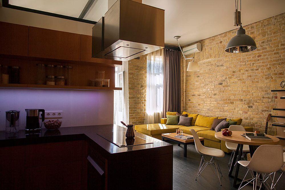adelaparvu.com despre amenajare apartament de doua camere, mobila cu OSB, concept Constant Motion, arhitect AlexBykov (6)