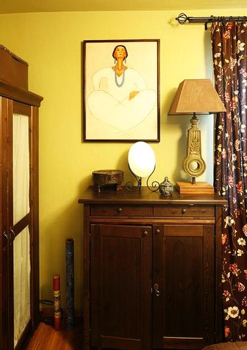 adelaparvu.com despre amenajare exotica la bloc, designeri Dorothy si Michael Lugovoi, apartament de bloc cu mobila si obiecte exotice (11)