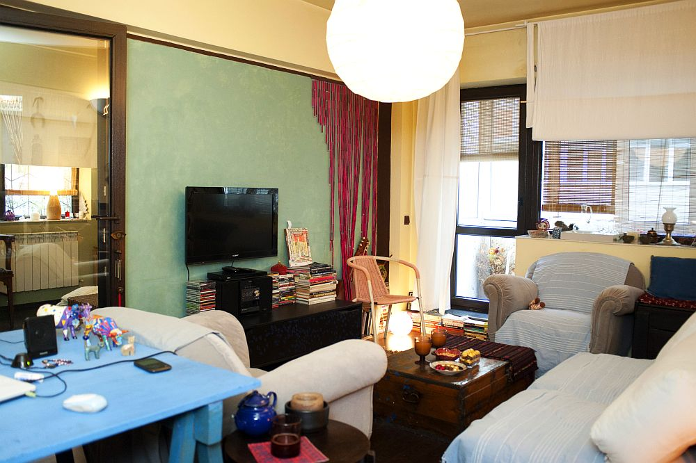 adelaparvu.com despre apartament boem de doua camere Bucuresti, designer Mihaela Poenaru, Foto Dragos Boldea (4)