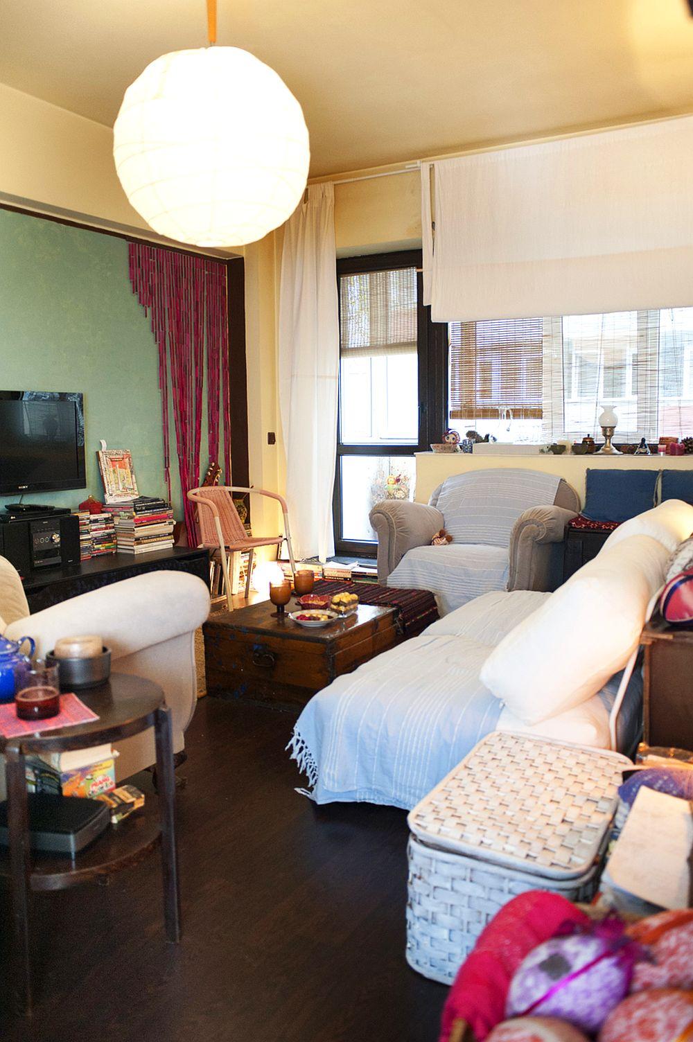 adelaparvu.com despre apartament boem de doua camere Bucuresti, designer Mihaela Poenaru, Foto Dragos Boldea (7)