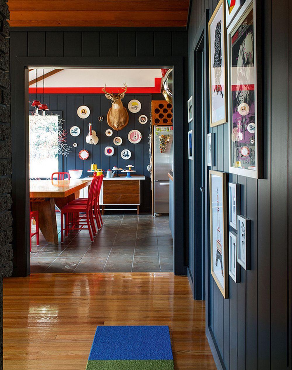 adelaparvu.com despre cabana cu interior colorat si piese de design, casa americana, designer Bradford Shellhammer, Foto Trevor Tondro (1)