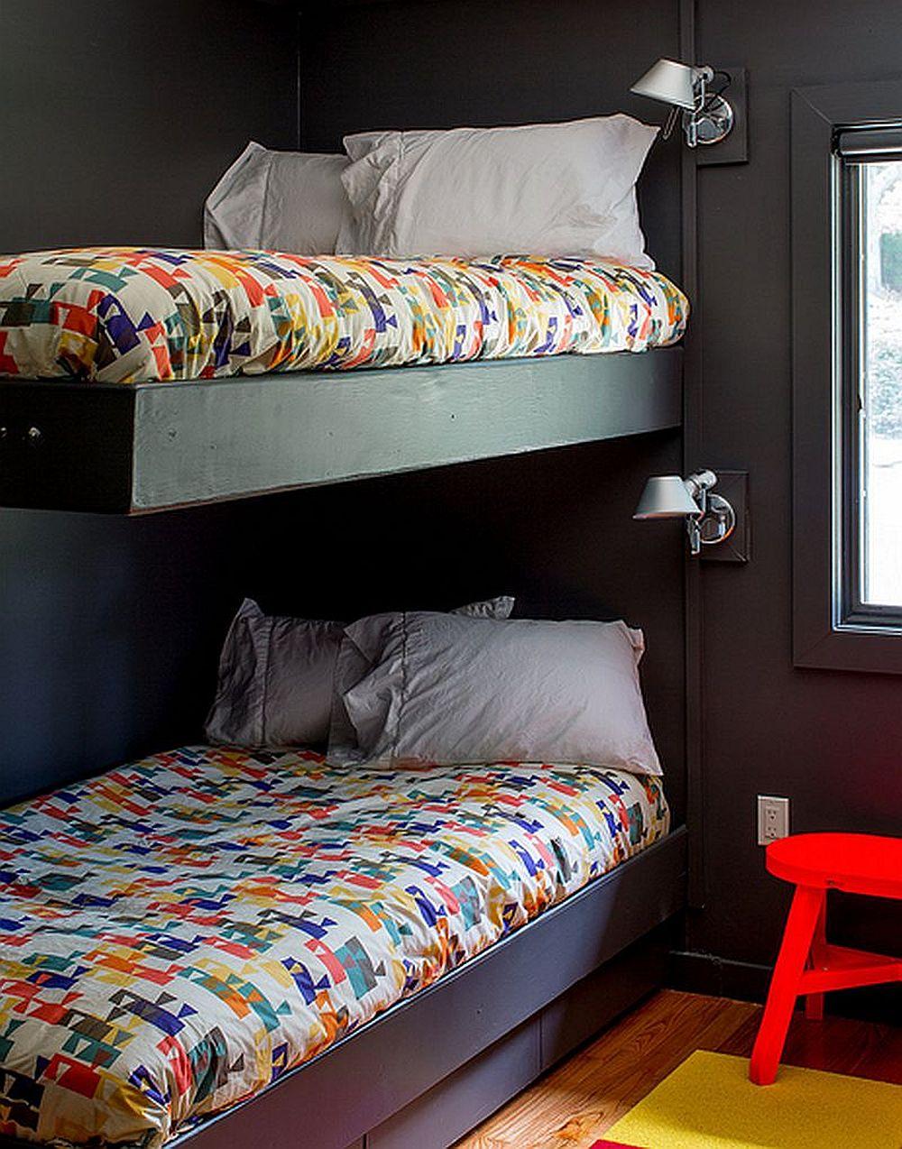 adelaparvu.com despre cabana cu interior colorat si piese de design, casa americana, designer Bradford Shellhammer, Foto Trevor Tondro (11)