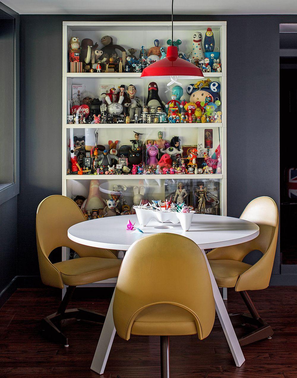 adelaparvu.com despre cabana cu interior colorat si piese de design, casa americana, designer Bradford Shellhammer, Foto Trevor Tondro (15)