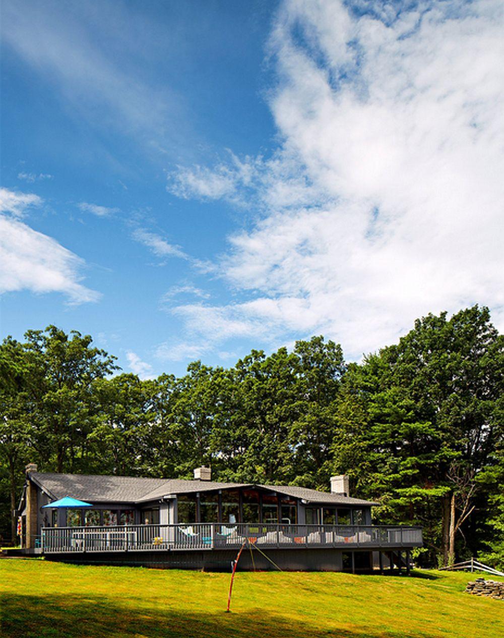 adelaparvu.com despre cabana cu interior colorat si piese de design, casa americana, designer Bradford Shellhammer, Foto Trevor Tondro (6)