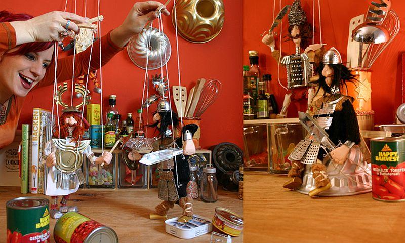 adelaparvu.com despre casa colorata, gard cu forma de creioane, interioare colorate, idei creative acasa, designer Bine Braendle (18)