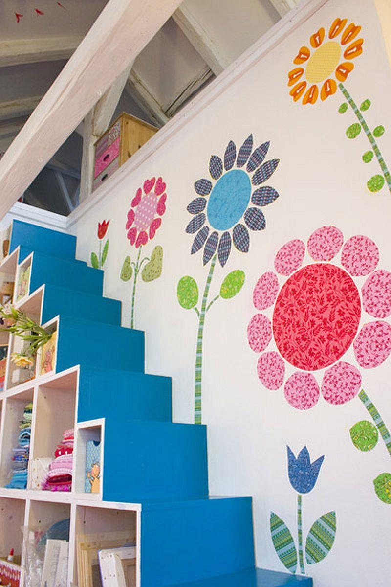 adelaparvu.com despre casa colorata, gard cu forma de creioane, interioare colorate, idei creative acasa, designer Bine Braendle (51)
