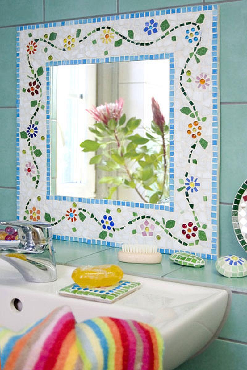 adelaparvu.com despre casa colorata, gard cu forma de creioane, interioare colorate, idei creative acasa, designer Bine Braendle (65)