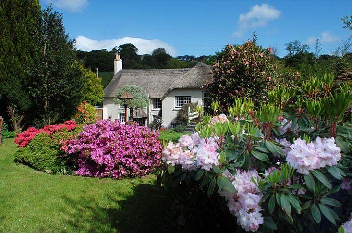adelaparvu.com despre casa cu acoperis din stuf, casa de inchiriat Anglia, cottage, Serendipity, Unique Home Stays (9)
