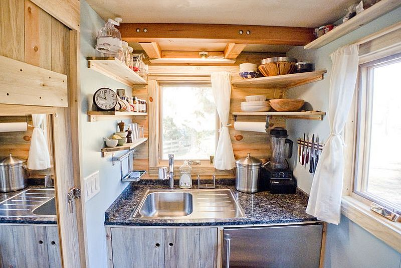 adelaparvu.com despre casa de lemn pe roti, the Tiny Project, Foto Alek Lisefski (14)