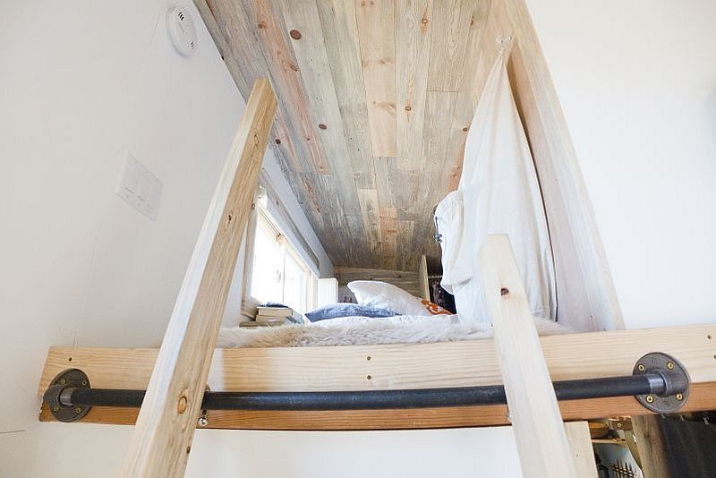adelaparvu.com despre casa de lemn pe roti, the Tiny Project, Foto Alek Lisefski (30)