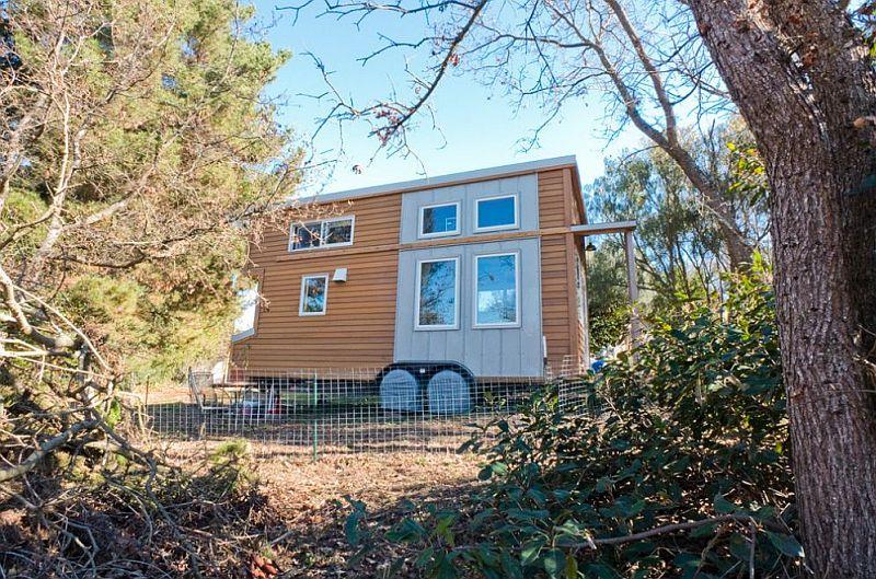 adelaparvu.com despre casa de lemn pe roti, the Tiny Project, Foto Alek Lisefski (6)