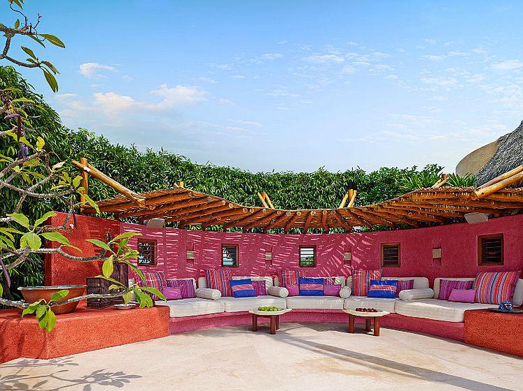adelaparvu.com despre casa de vacanta pe malul marii cu mobilier din lut, arhitectura mexicana, arh Manuel Mestre Noriega, Foto James Silverman  (1)