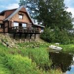 adelaparvu.com despre casa din caramida pe malul apei, casa Polonia, Foto Sara Niedzwiecka  (1)