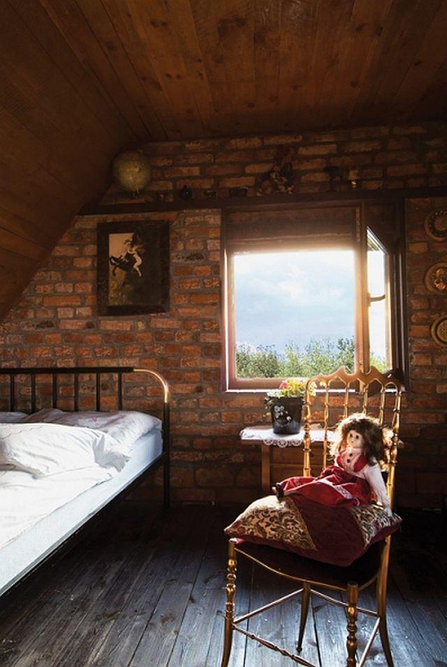 adelaparvu.com despre casa din caramida pe malul apei, casa Polonia, Foto Sara Niedzwiecka  (8)