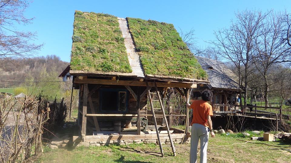 adelaparvu.com despre casa maramureseana din lemn vechi recuperat, zona Sighet, casa Romania, mester Danut Hotea (1)