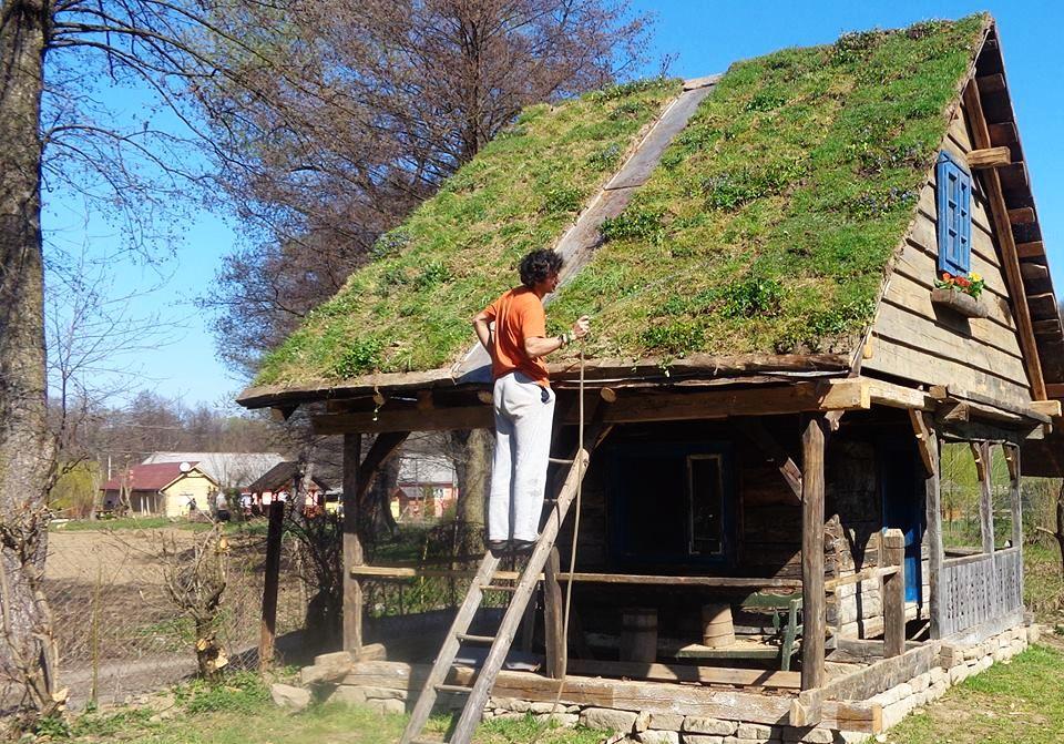 adelaparvu.com despre casa maramureseana din lemn vechi recuperat, zona Sighet, casa Romania, mester Danut Hotea (4)