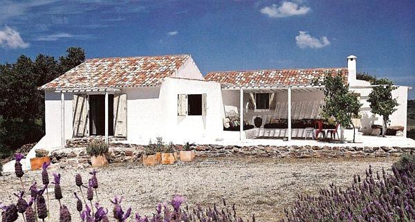 adelaparvu.com despre casa rustica, casa de vacanta, casa Portugalia, designer Monica Penaguiao  (16)