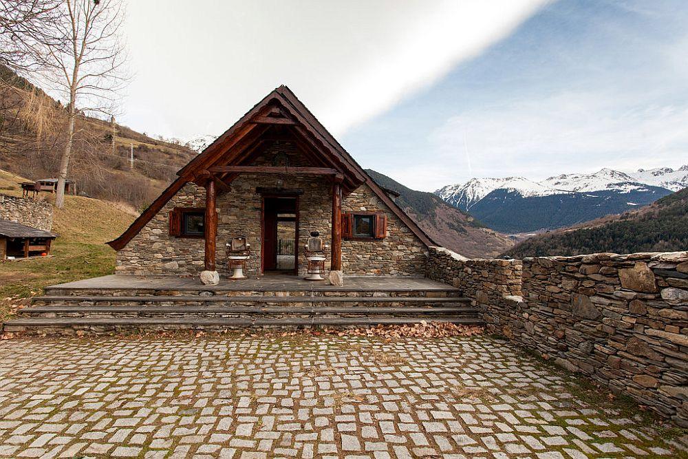 adelaparvu.com despre casa rustica cu interior modern in muntii Pirinei, Spania, Foto Hikarifoto (4)