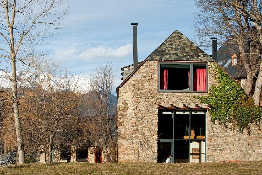 adelaparvu.com despre casa rustica cu interior modern in muntii Pirinei, Spania, Foto Hikarifoto (9)