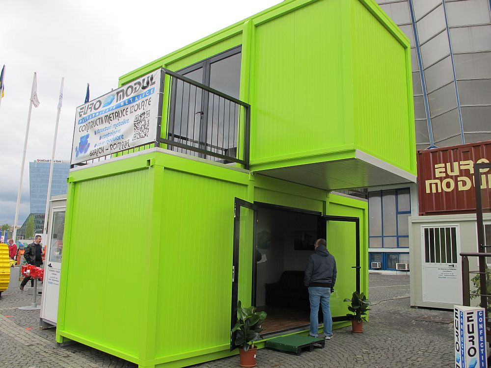 I ai face o cas modular din containere adela p rvu for Case din lemn pret 5000 euro