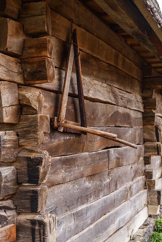 adelaparvu.com despre case din lemn maramuresene, case restaurate Maramures, Breb, Foto Dragos Asaftei (11)