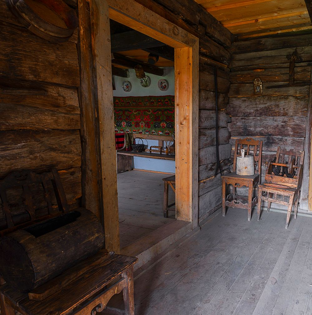adelaparvu.com despre case din lemn maramuresene, case restaurate Maramures, Breb, Foto Dragos Asaftei (20)