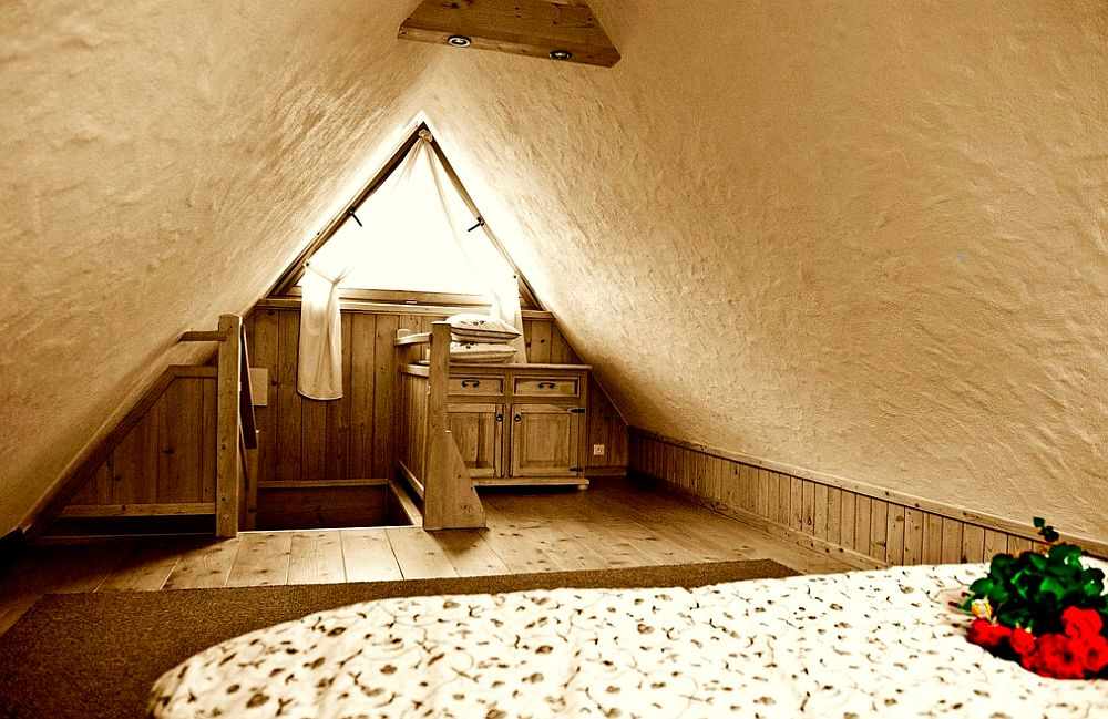 adelaparvu.com despre case rustice din busteni de lemn, case cu acoperis din stuf, case Polonia Osada Beskidzka (27)