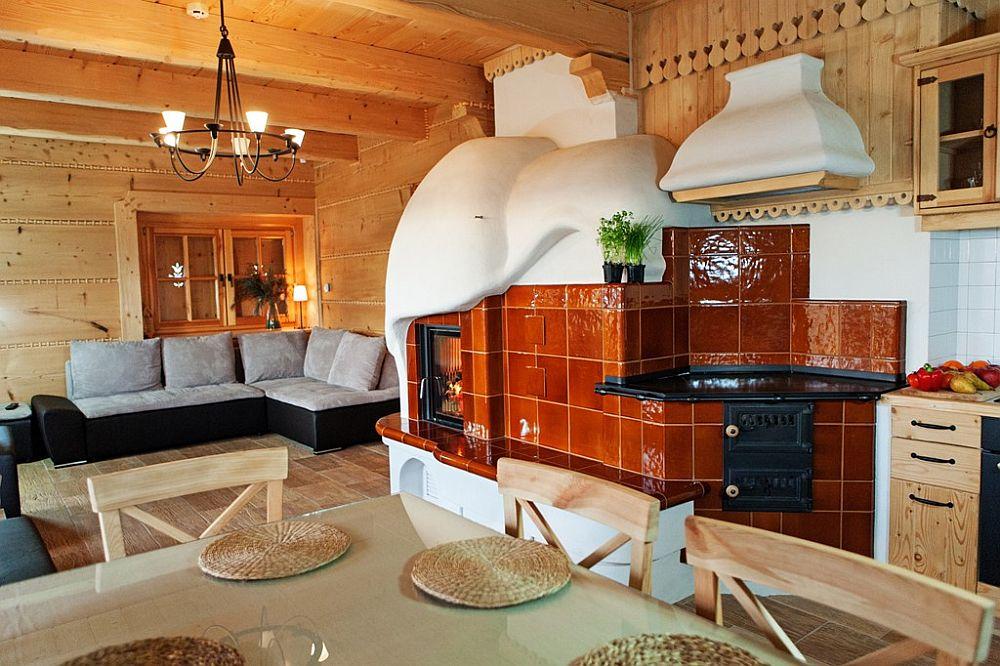adelaparvu.com despre case rustice din busteni de lemn, case cu acoperis din stuf, case Polonia Osada Beskidzka (33)
