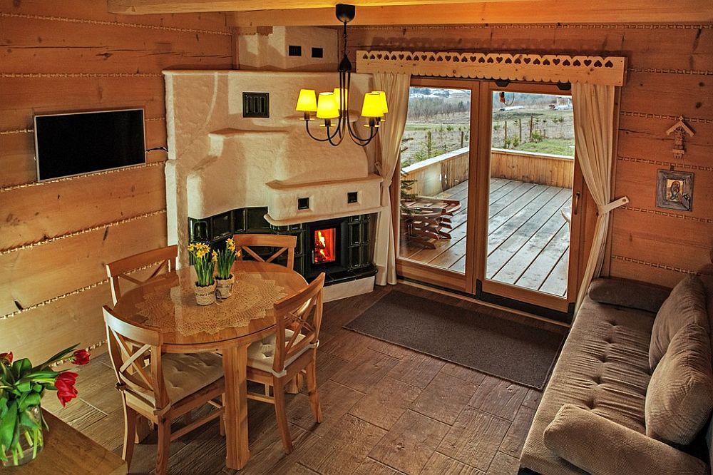 adelaparvu.com despre case rustice din busteni de lemn, case cu acoperis din stuf, case Polonia Osada Beskidzka (41)